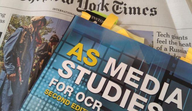 Doporučená literatura a zdroje k přípravě na studium žurnalistiky a médií